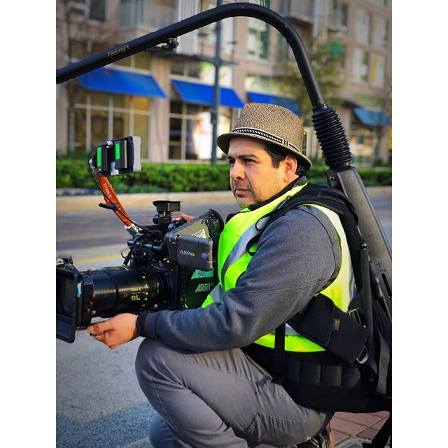 I love my job. Shooting a commercial with @cookeoptics anamorphics. So far my favorite lenses I've ever used. 📷: Jared Pierson. . . . #cinematographer #directorofphotography #dp #cinematography #easyrig #setlife #cookeanamorphic