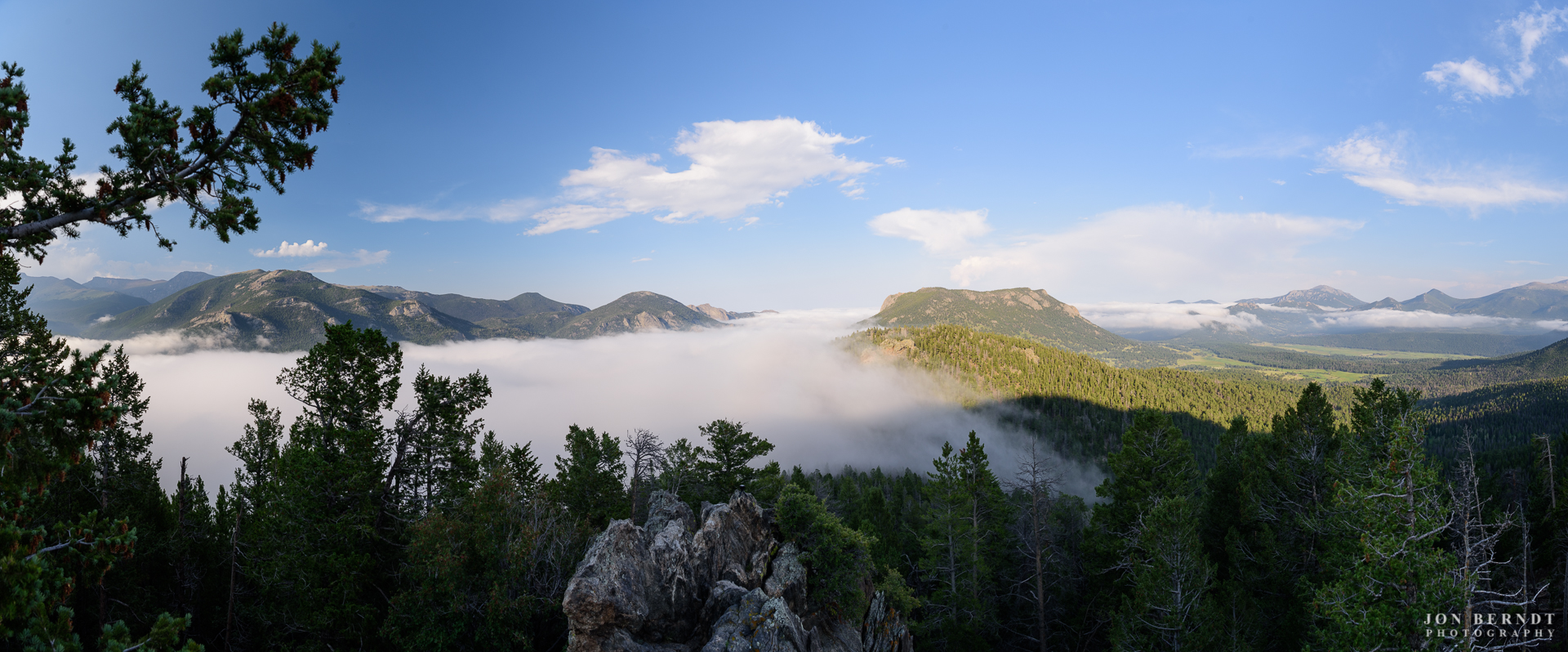 Fog rolls in from Estes Park into RMNP (Rocky Mountain NationalPark).(C) 2017 Jon Berndt Photography