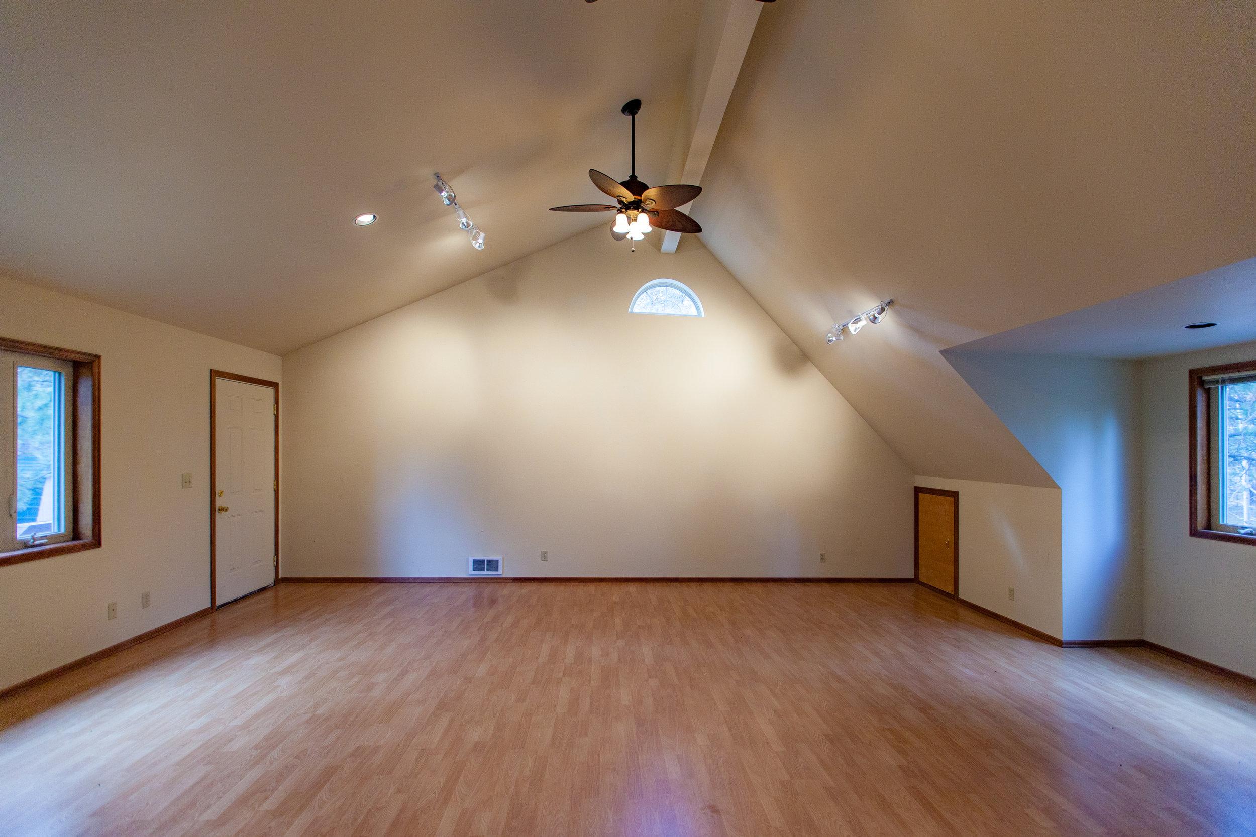 Bonus Room S.jpg