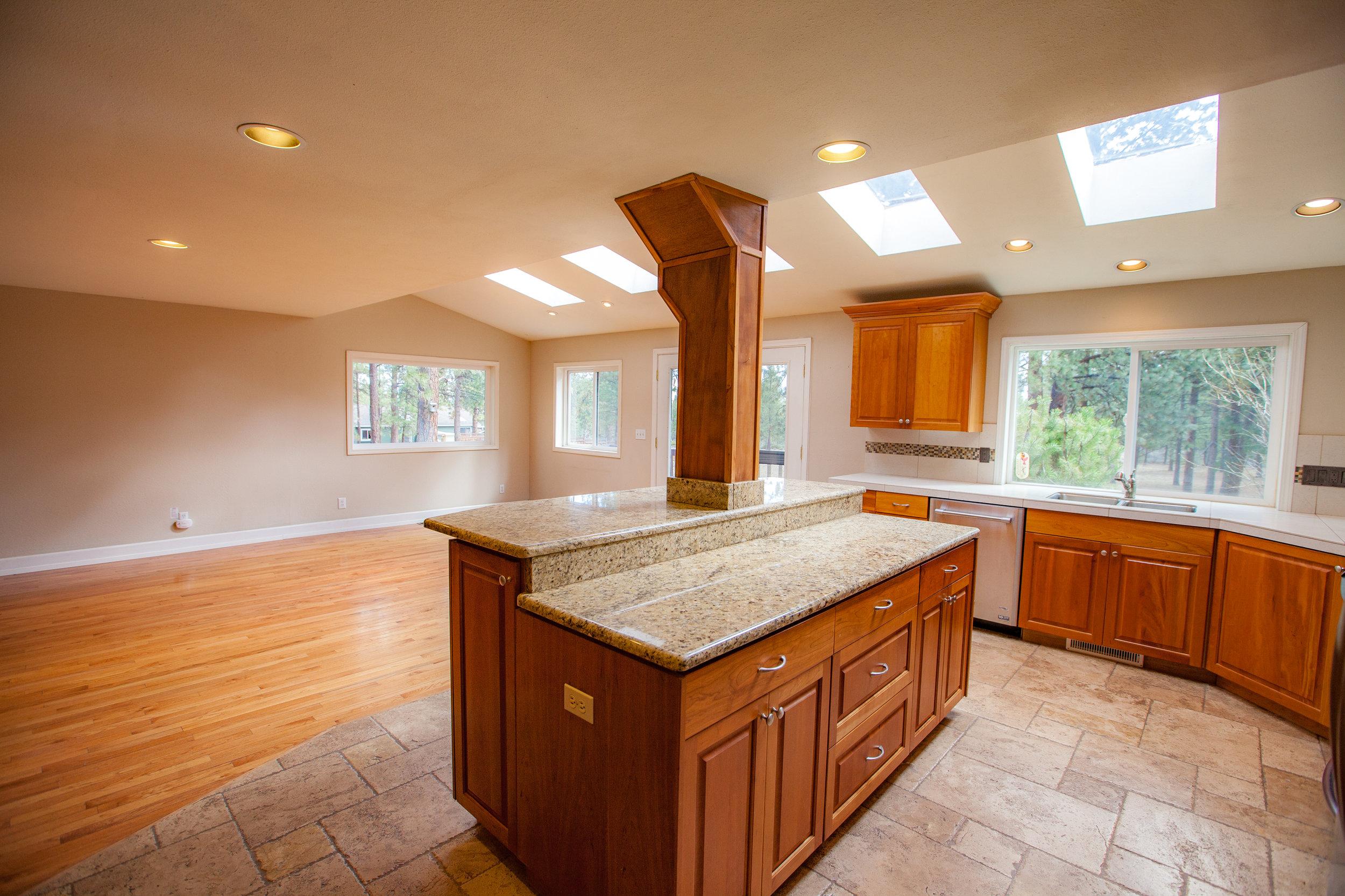 Kitchen to Dining View 2.jpg
