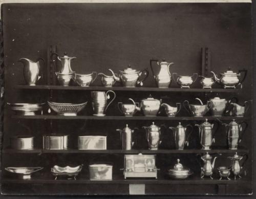 044837742-silverware-four-shelves-govern.jpg