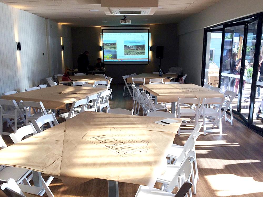 commonroom-meeting.jpg