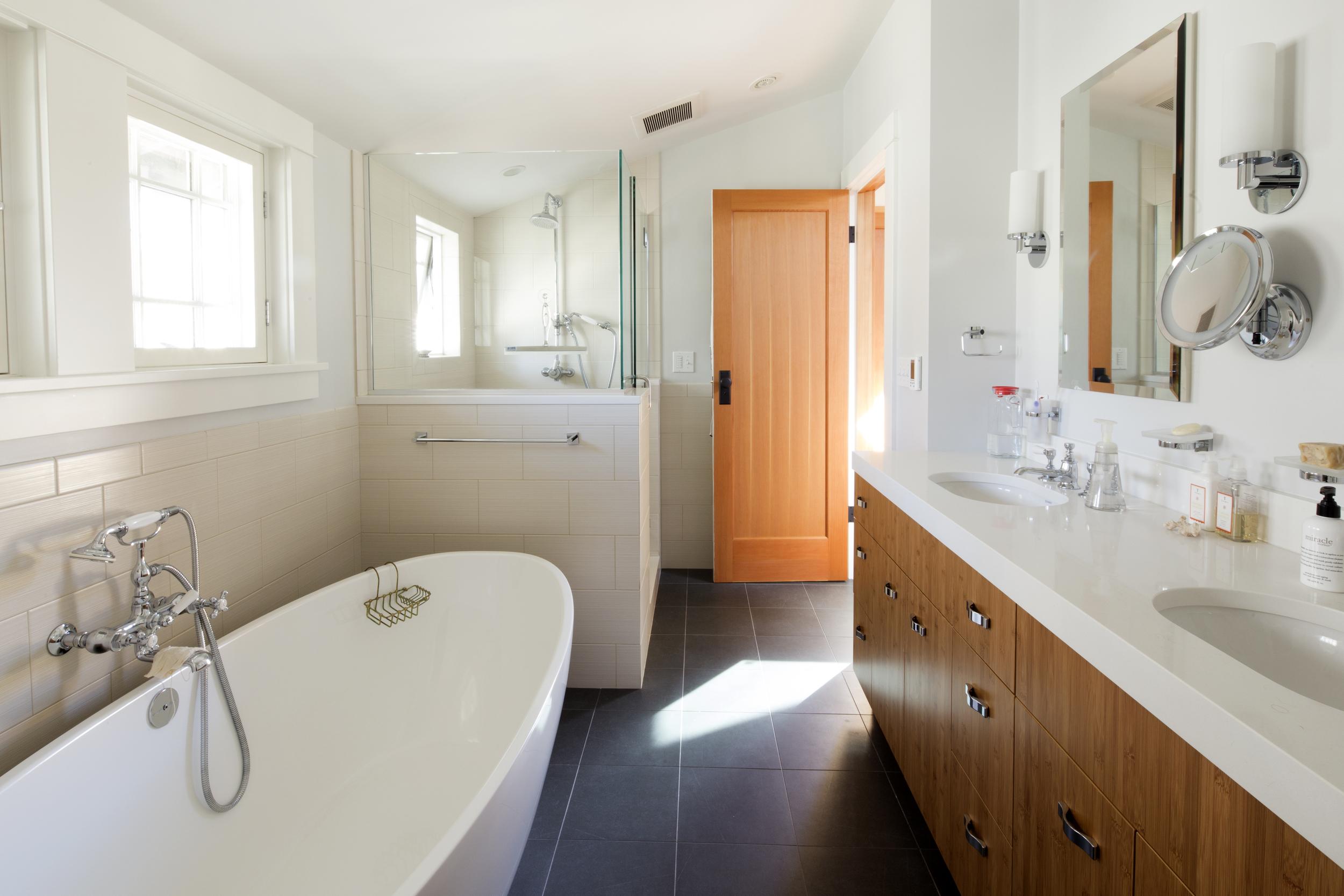 Guth bathroom.jpg