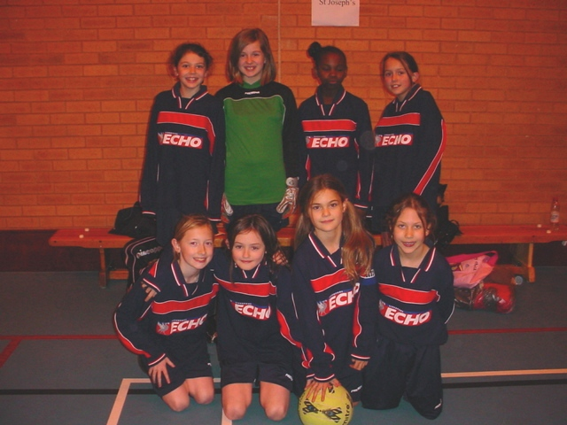 Girls2007-08.JPG