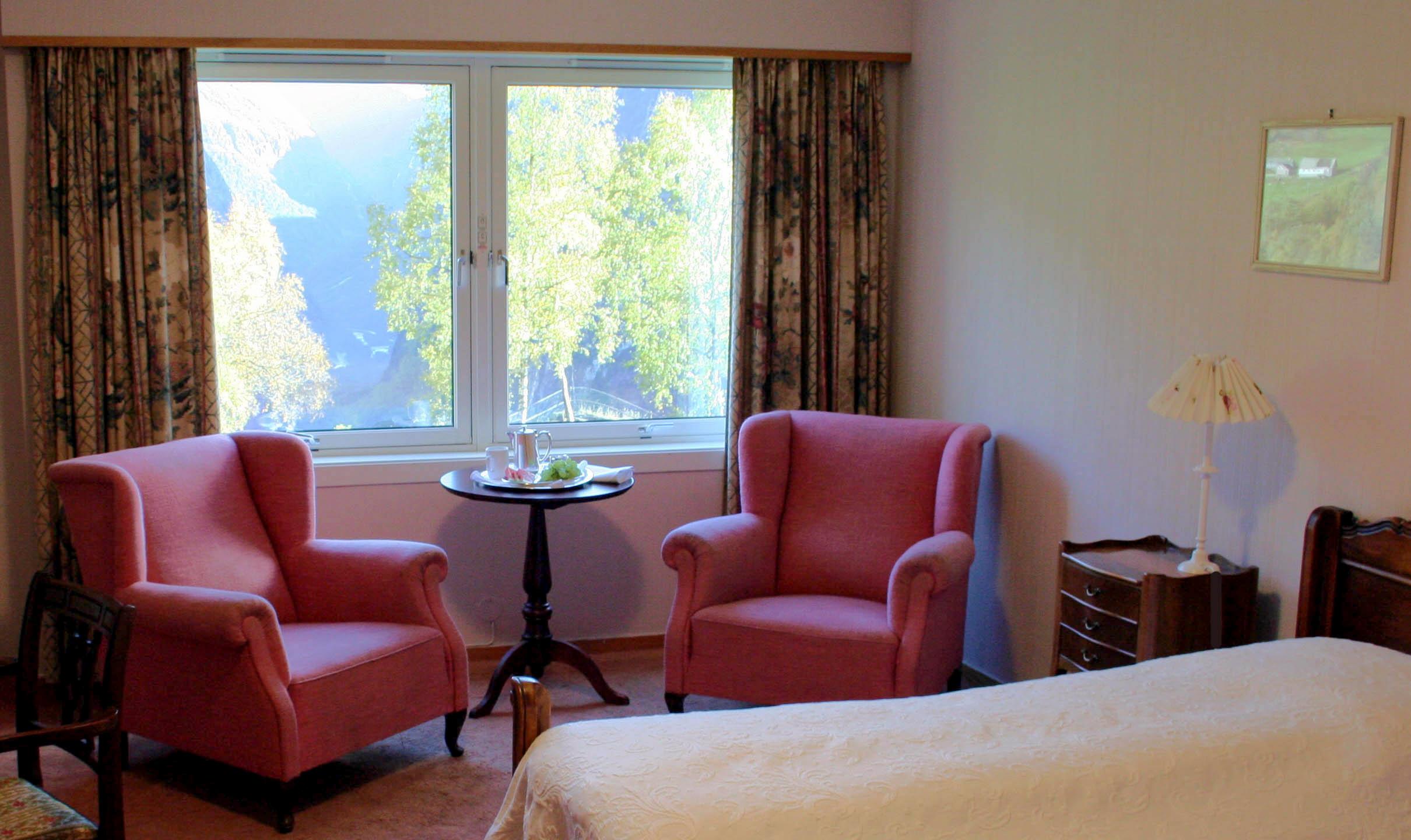 Guestroom-318.jpg