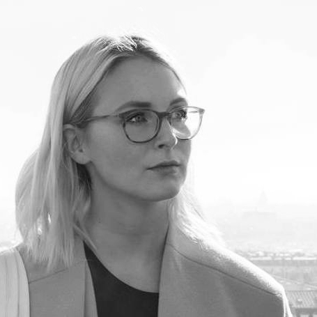 Cora Schmelzer(Cora Design) - Co-designer and co-facilitator Part 2. Food and health professional (The Nu Company), product & experience designer (h_da Darmstadt, EnSci Les Ateliers Paris), Vinyasa yoga teacher. Focus on creating simple yet sustainable solutions through design.