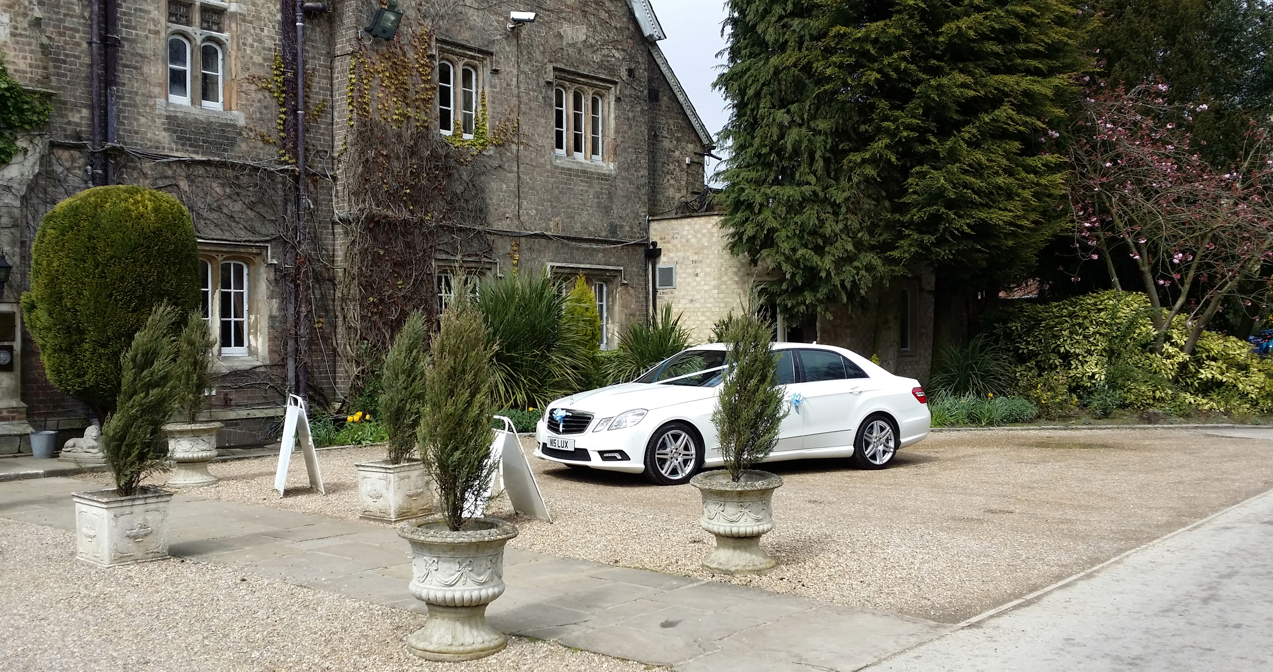 Wedding car at the Parsonage Hotel in York, North Yorkshire
