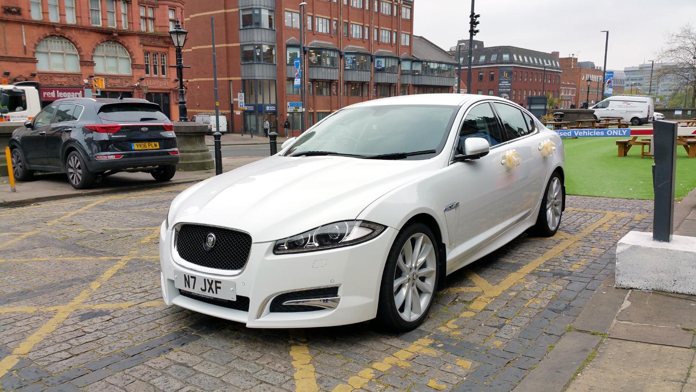 jaguar-wedding-car-leeds
