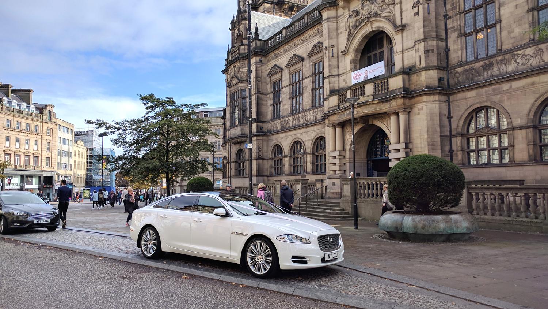 sheffield-town-hall-wedding-car.jpg