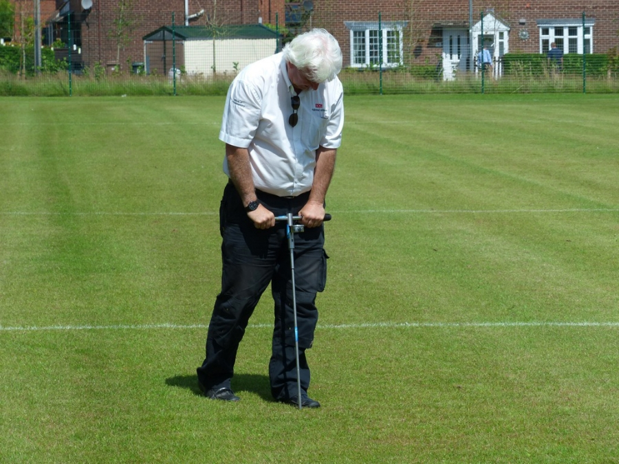 Kevin Duffill - IOG Regional Advisor for the West Midlands - carries out compaction testing as part of site investigations