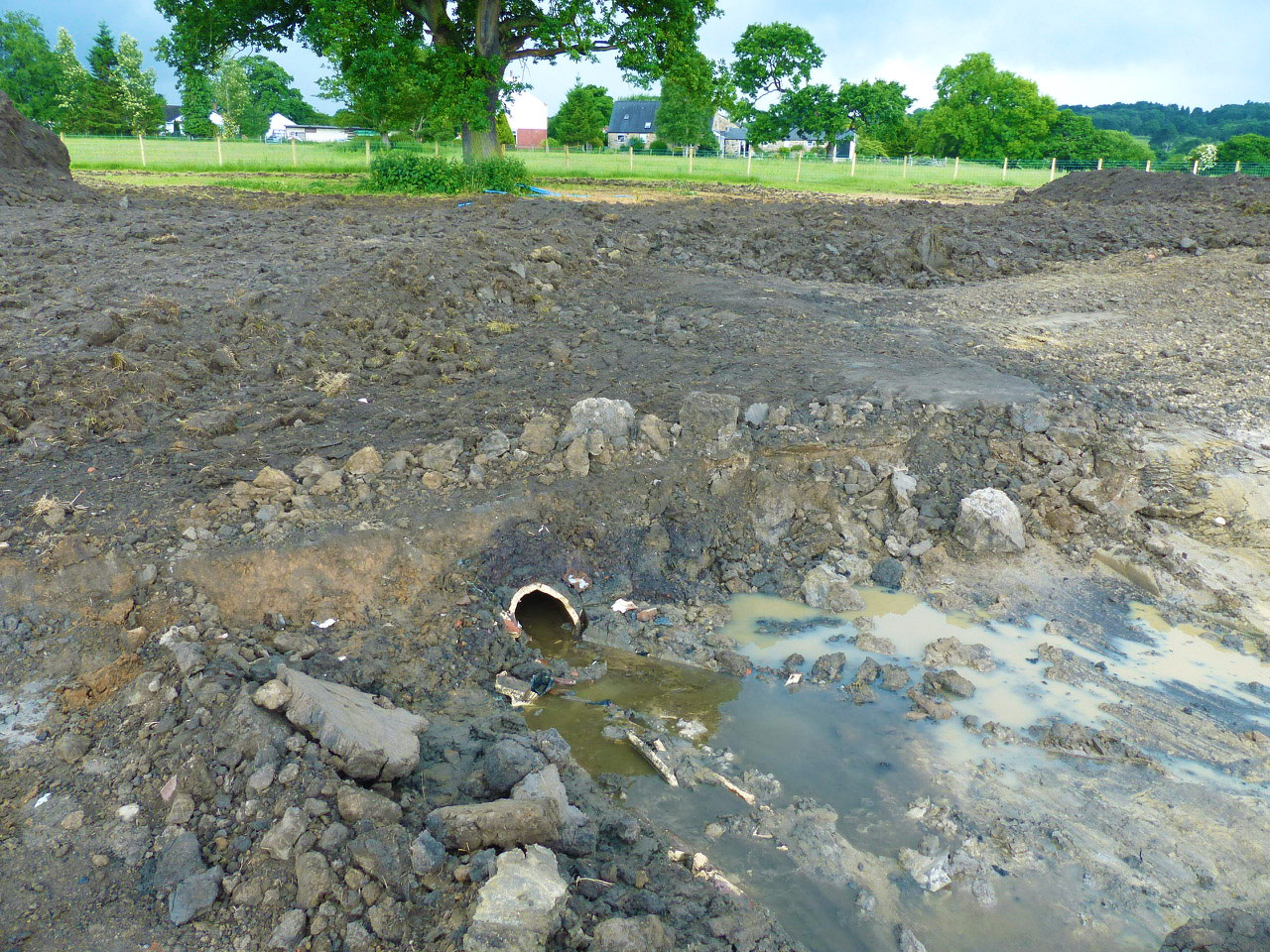 The already wet site was made all the more challenging when an unknown major land drainage system was uncovered and broken - leading to significant site flooding.