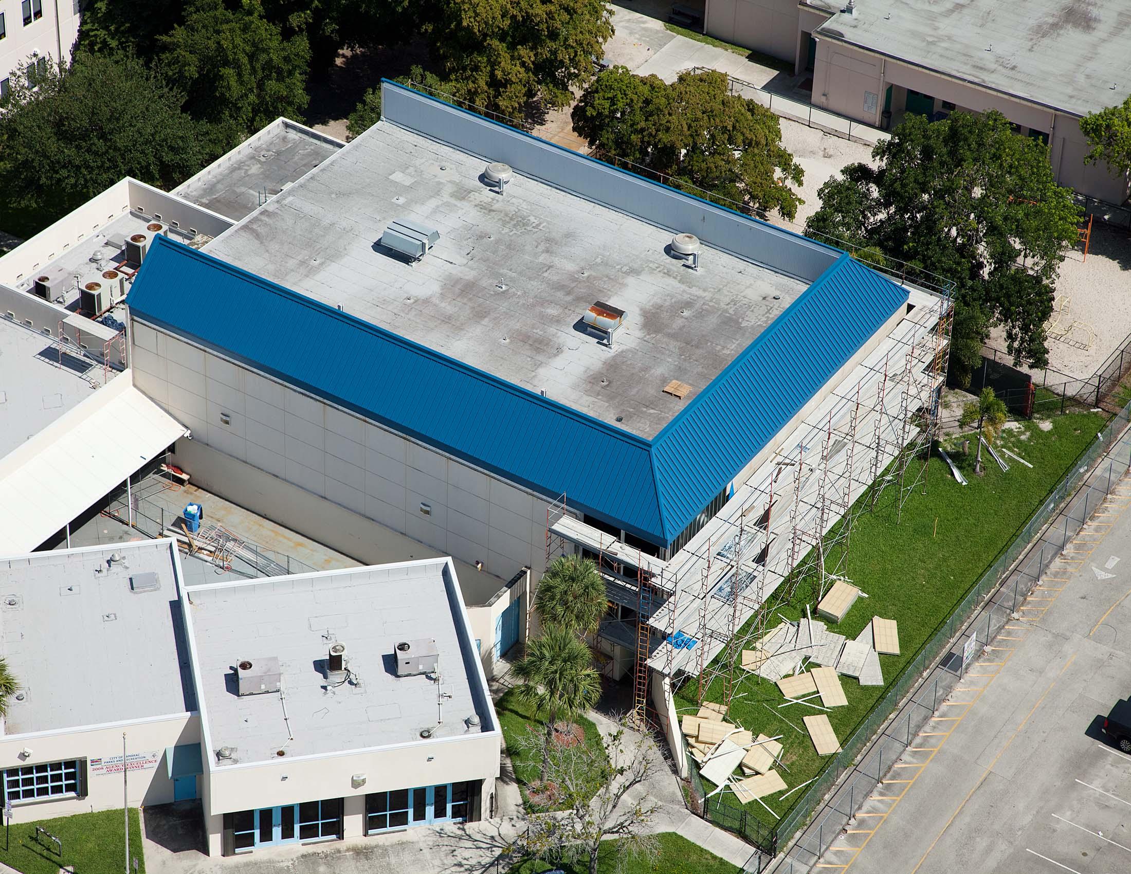 Tamrac Multi Purpose Center