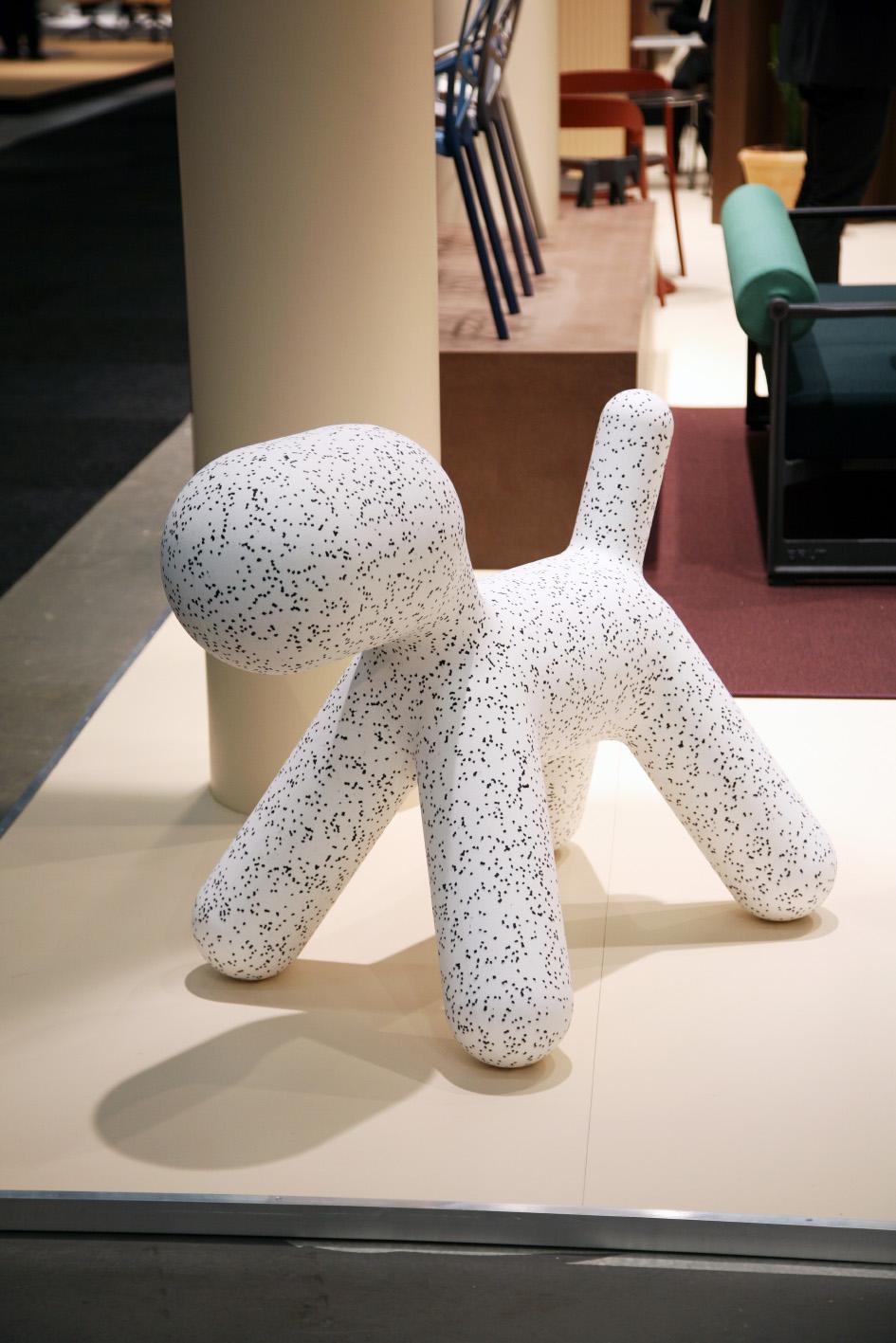 Just den här dalmatiner varianten på   Puppy   från Magis hade jag inte sett innan - är säker på att August och Lilly skulle älska att ha en sådan i sitt rum!