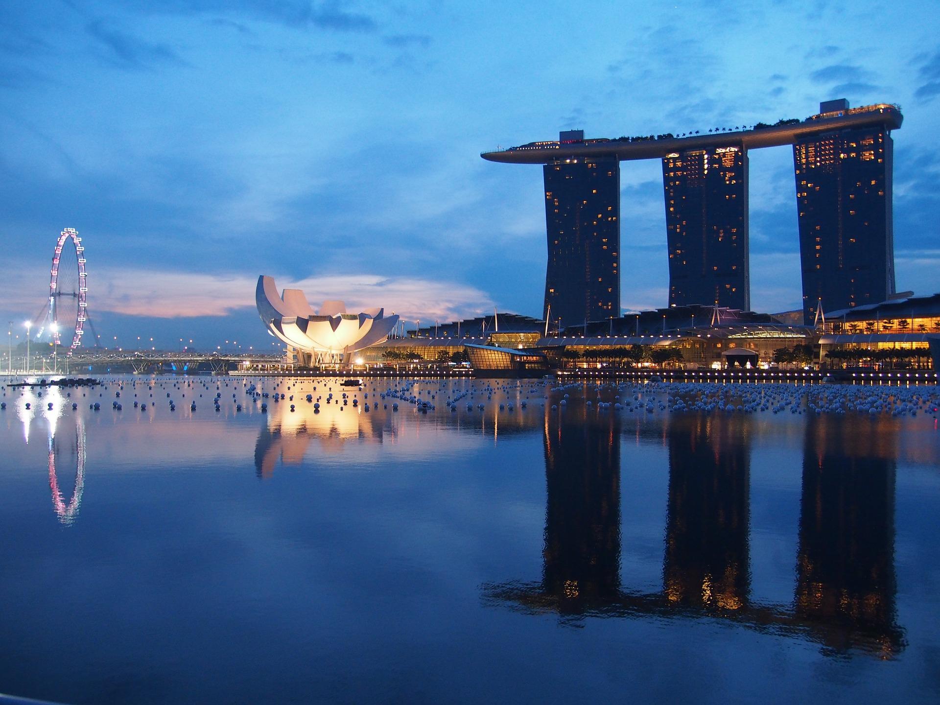 singapore-1429010_1920.jpg