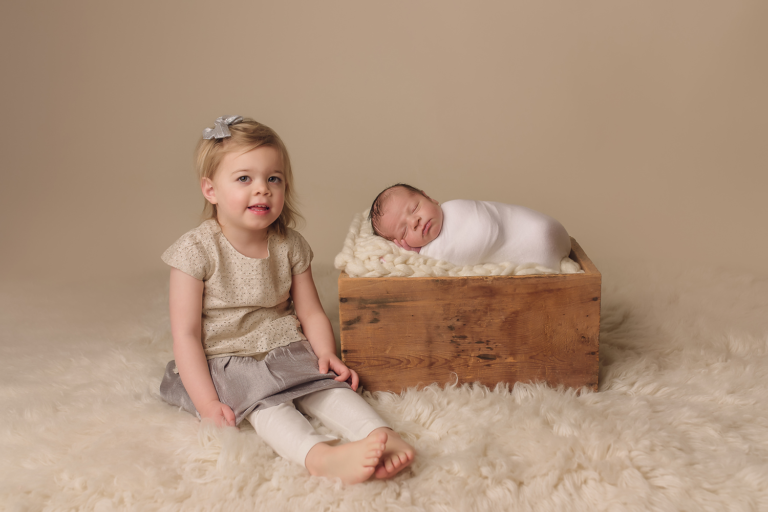 Baltimore Howard County Columbia Ellicott City Catonsville Maryland Newborn Baby Photographer siblings