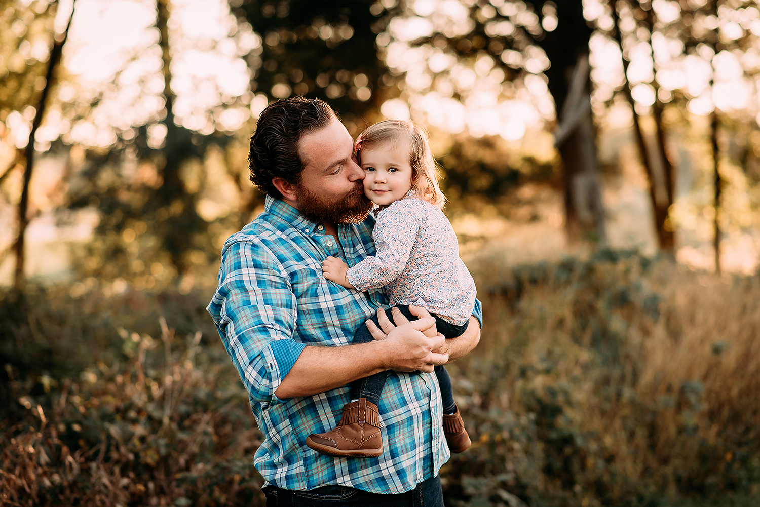 Baltimore Maryland Family Photography fall photos Rockburn Branch Park Elkridge Maryland dad and daughter Jessica Fenfert