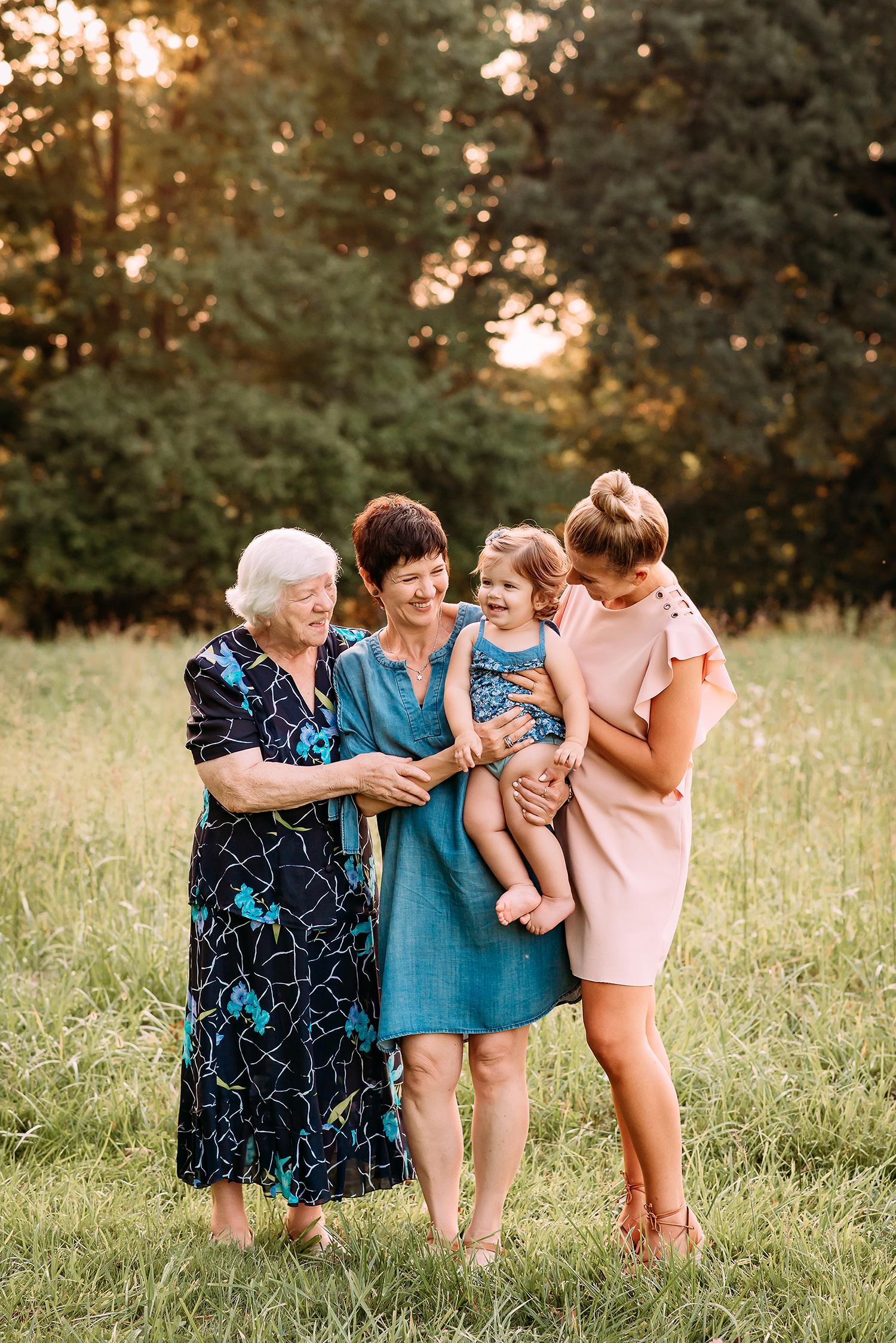 Baltimore Maryland Newborn Maternity Family Photographer Jessica Fenfert
