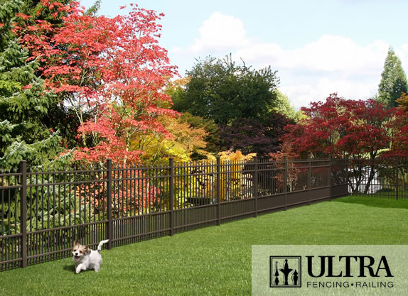 UAS-100 Residential Fence with Flat Top Puppy Pickets