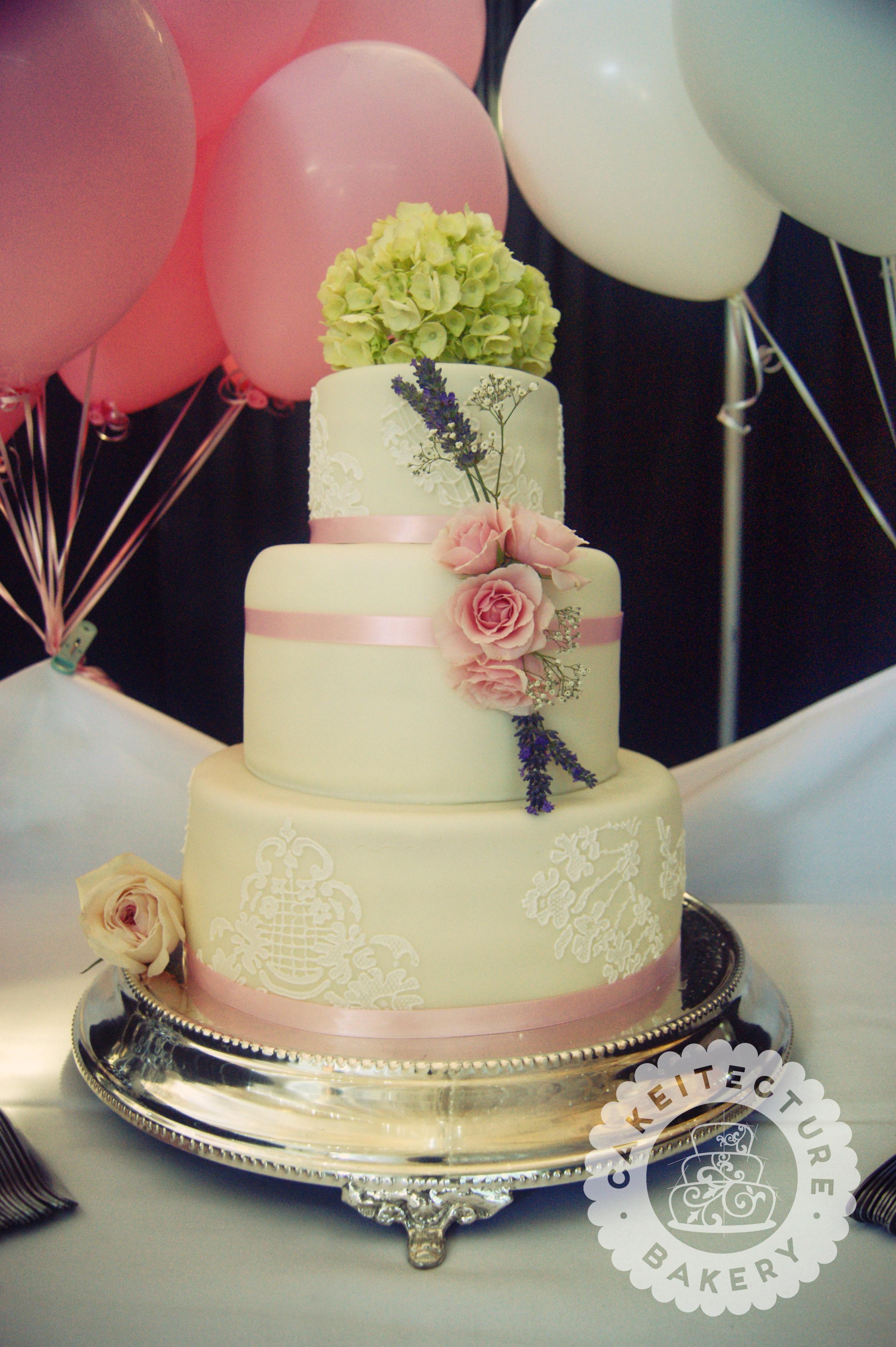 Kluck Wedding Cake.jpg