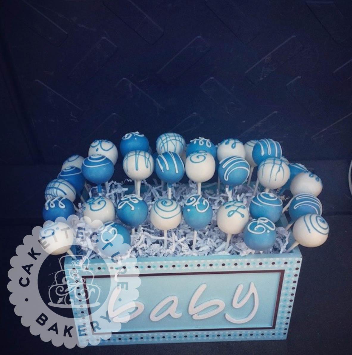 baby_boy_cake_pops.jpg