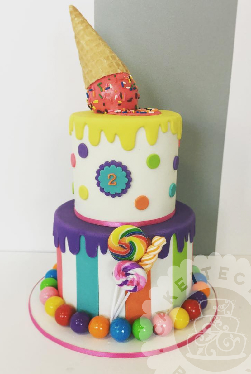 Cakeitecture Bakery stacked25.jpg