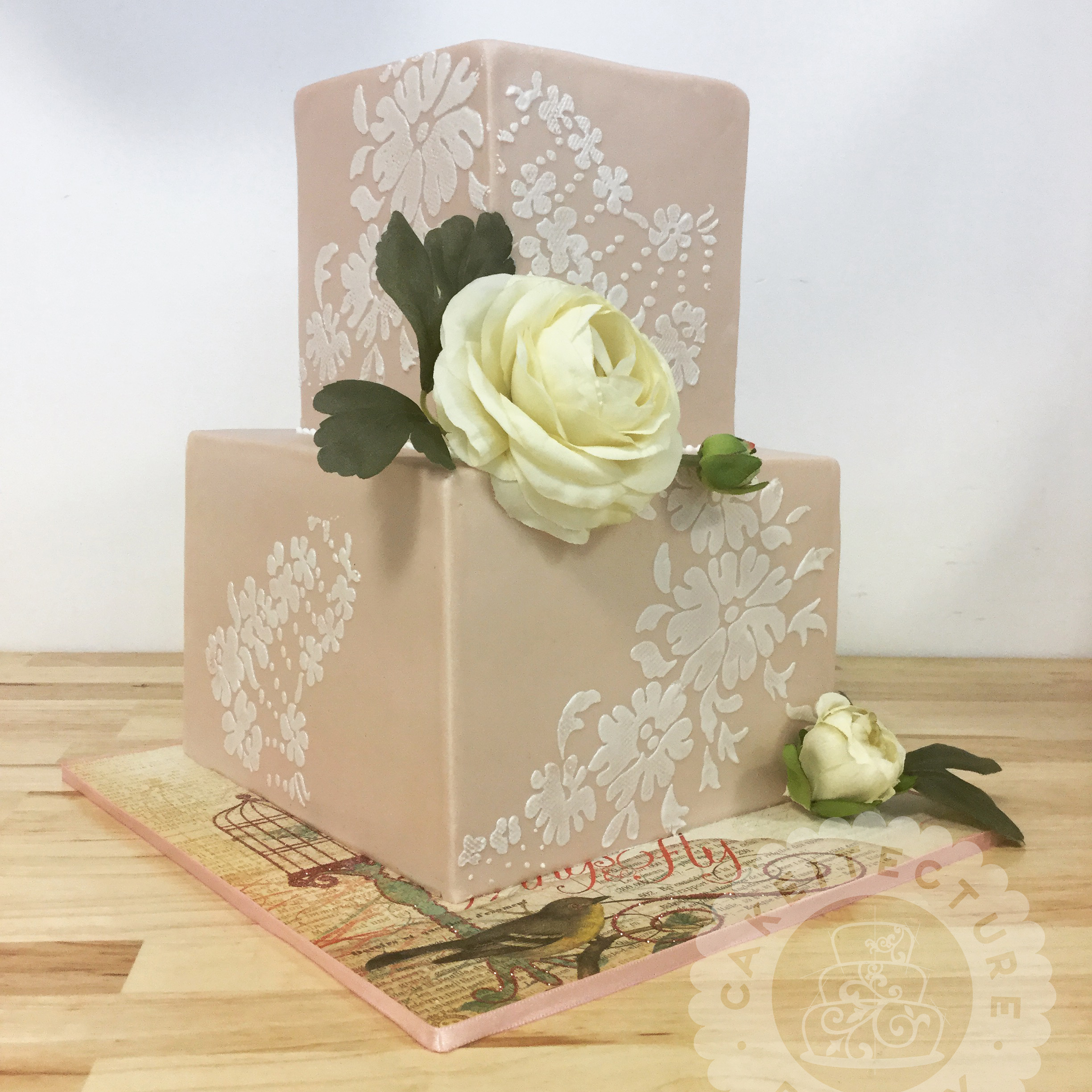 Cakeitecture Bakery 1708 Lace pattern cake.jpg