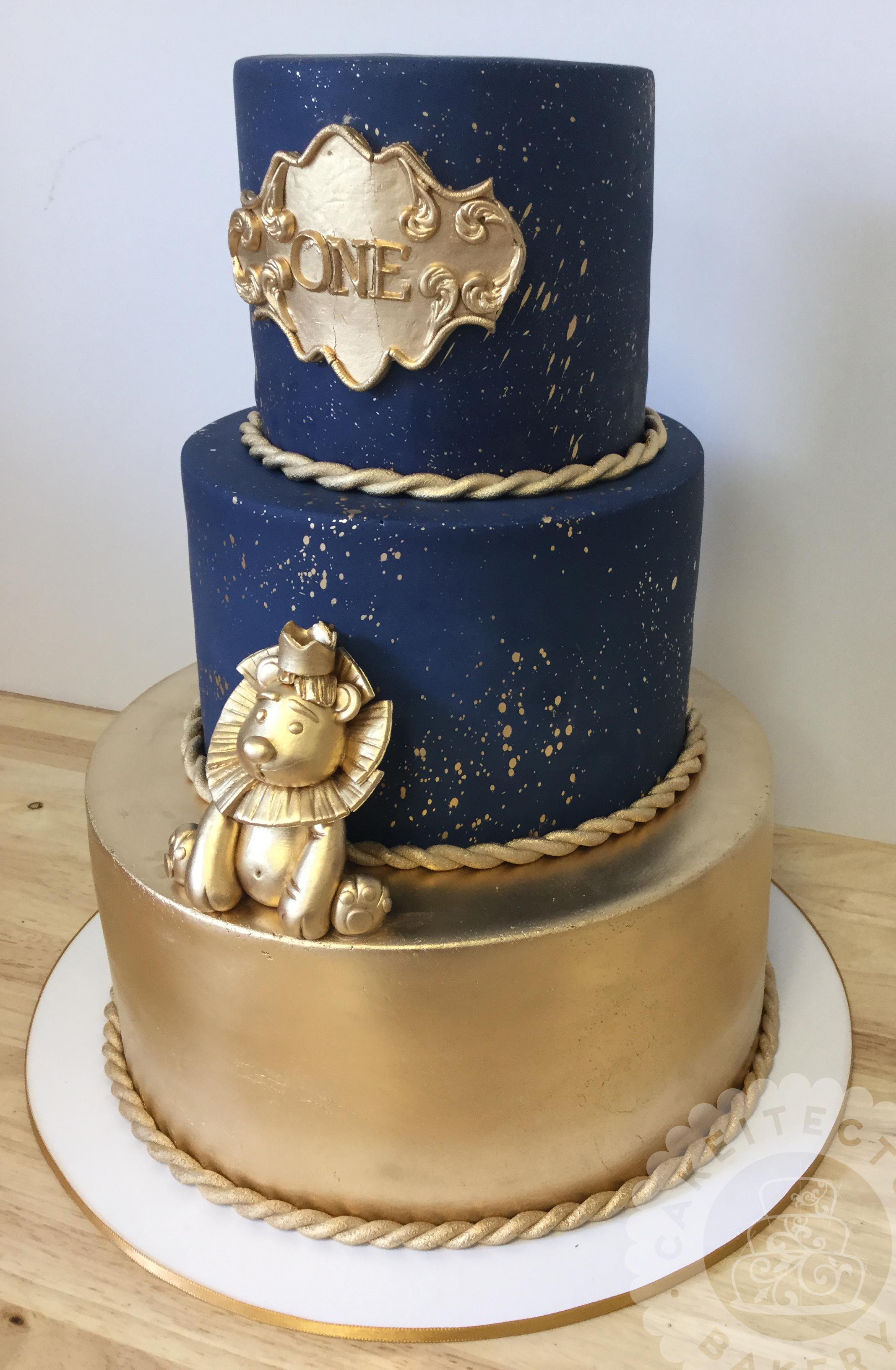 Cakeitecture Bakery 1715 gold cake.jpg