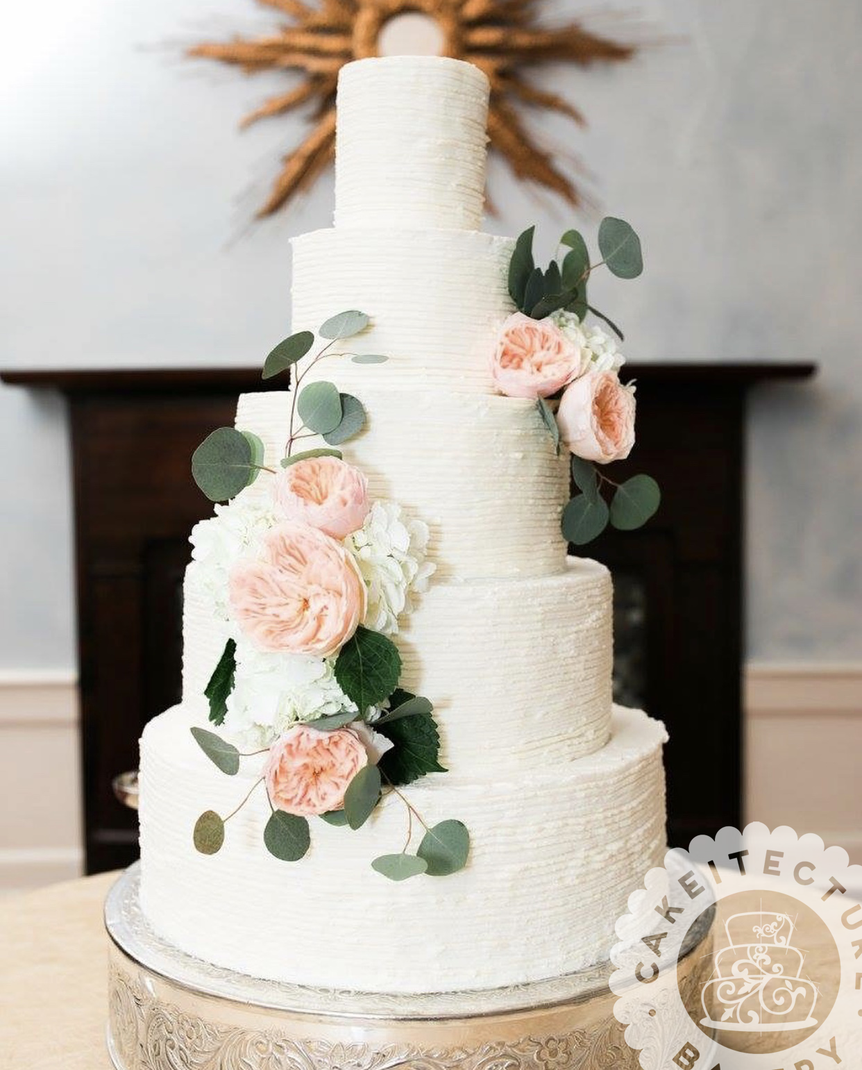 Cakeitecture Bakery wedding cake combed.png