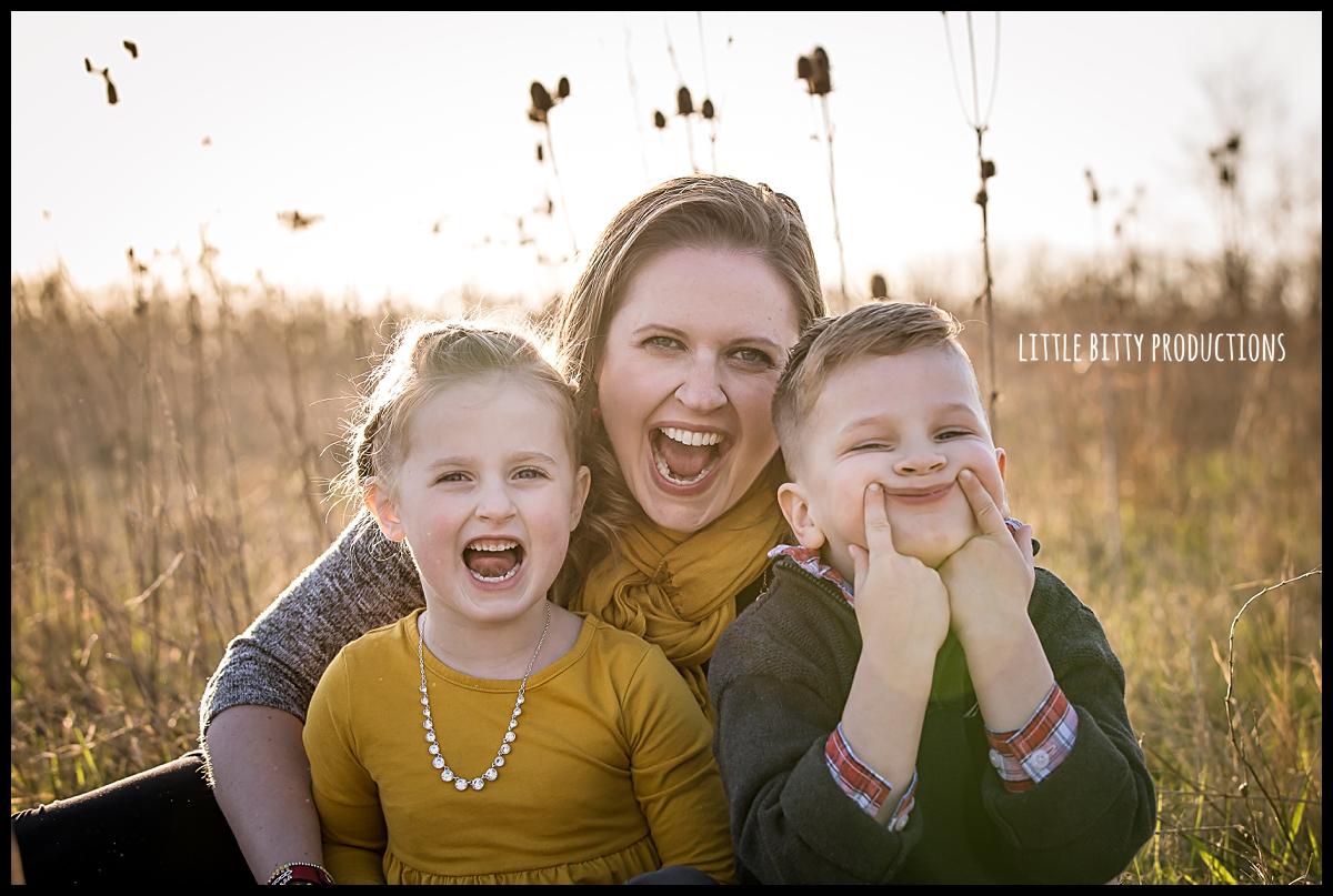 motherhoodportraitsoakpark_0405.jpg