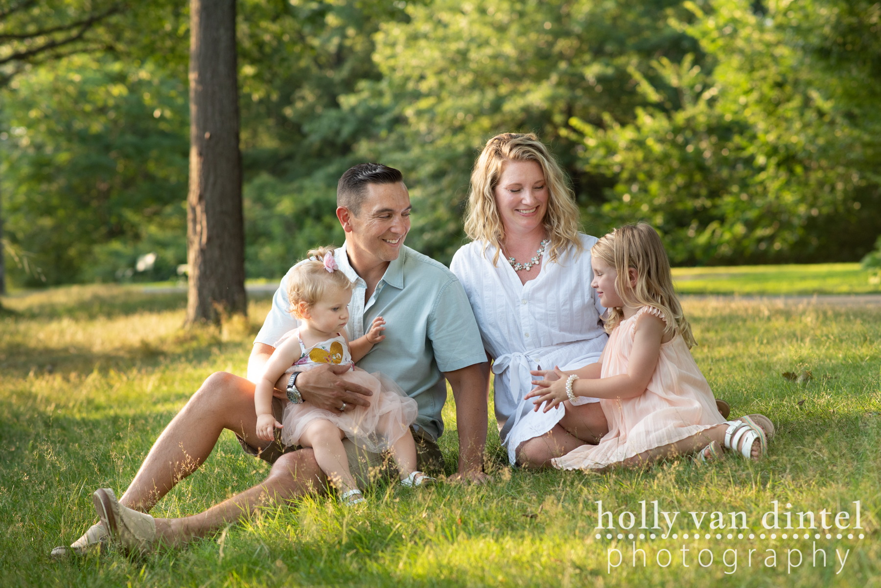 Family Sessions - Are you looking for a session for you and the people you love the most? These are the sessions for you!