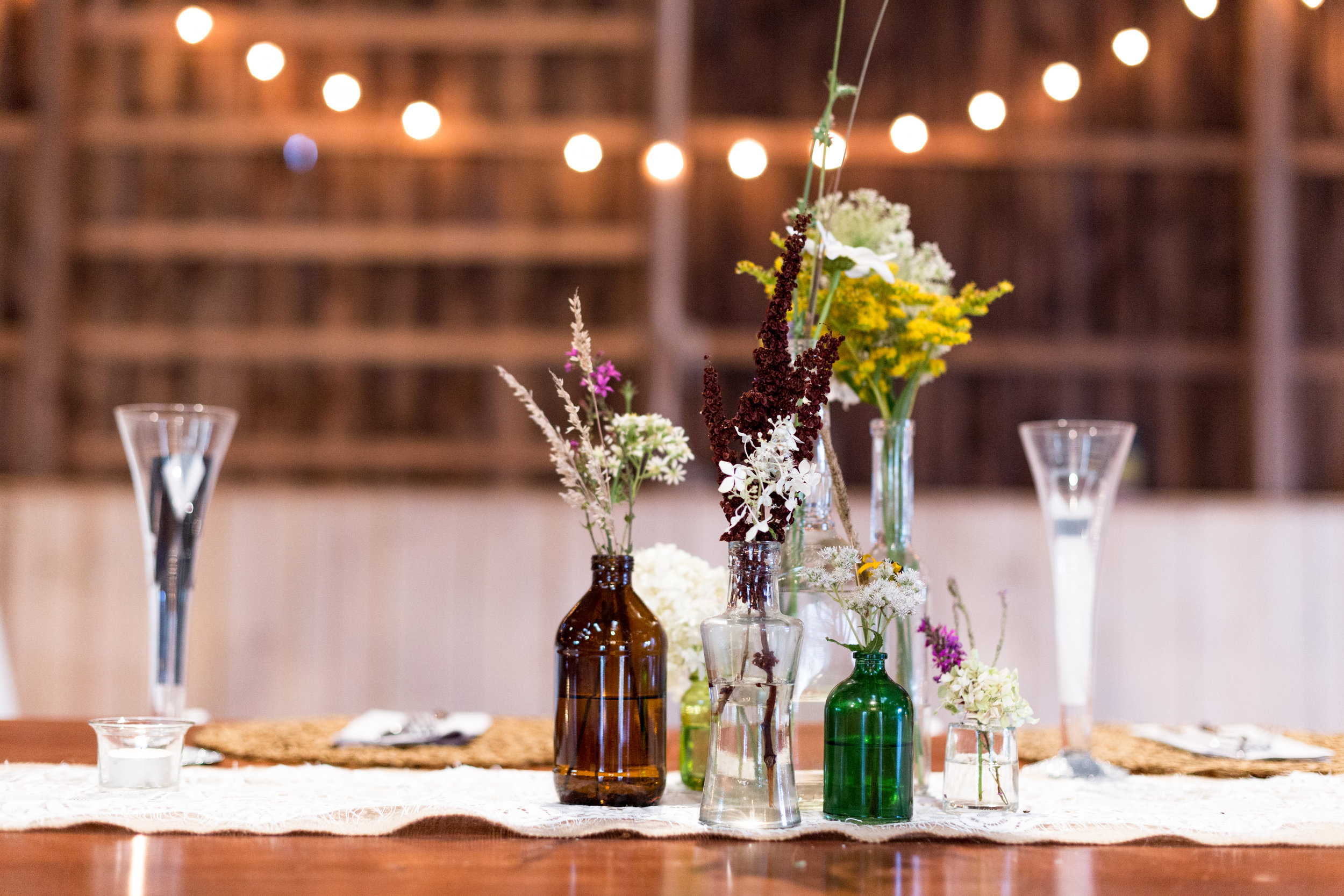 rustic barn wedding table centerpieces