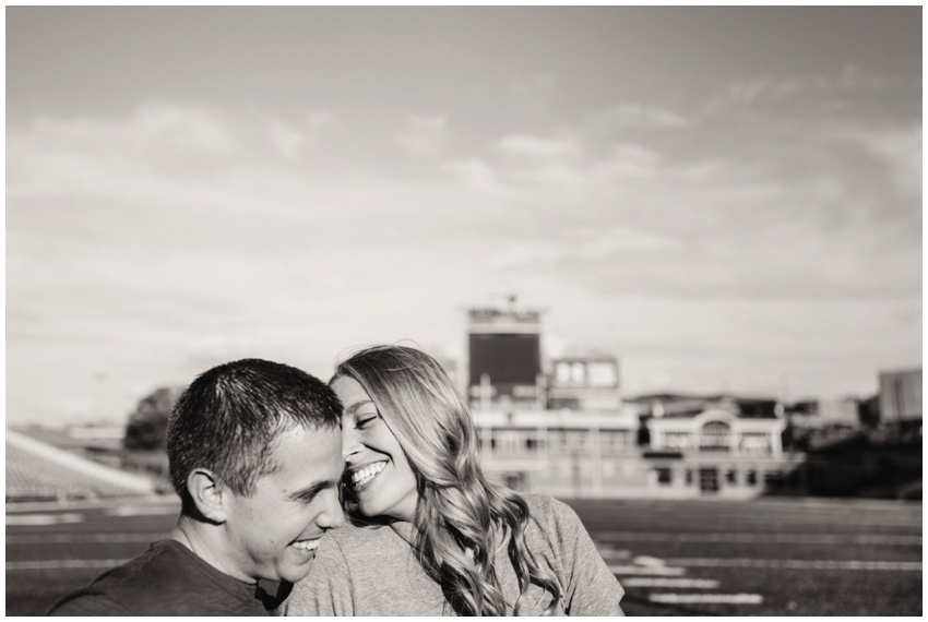 urban-row-photography-univ-md-college-park-engagement_0004