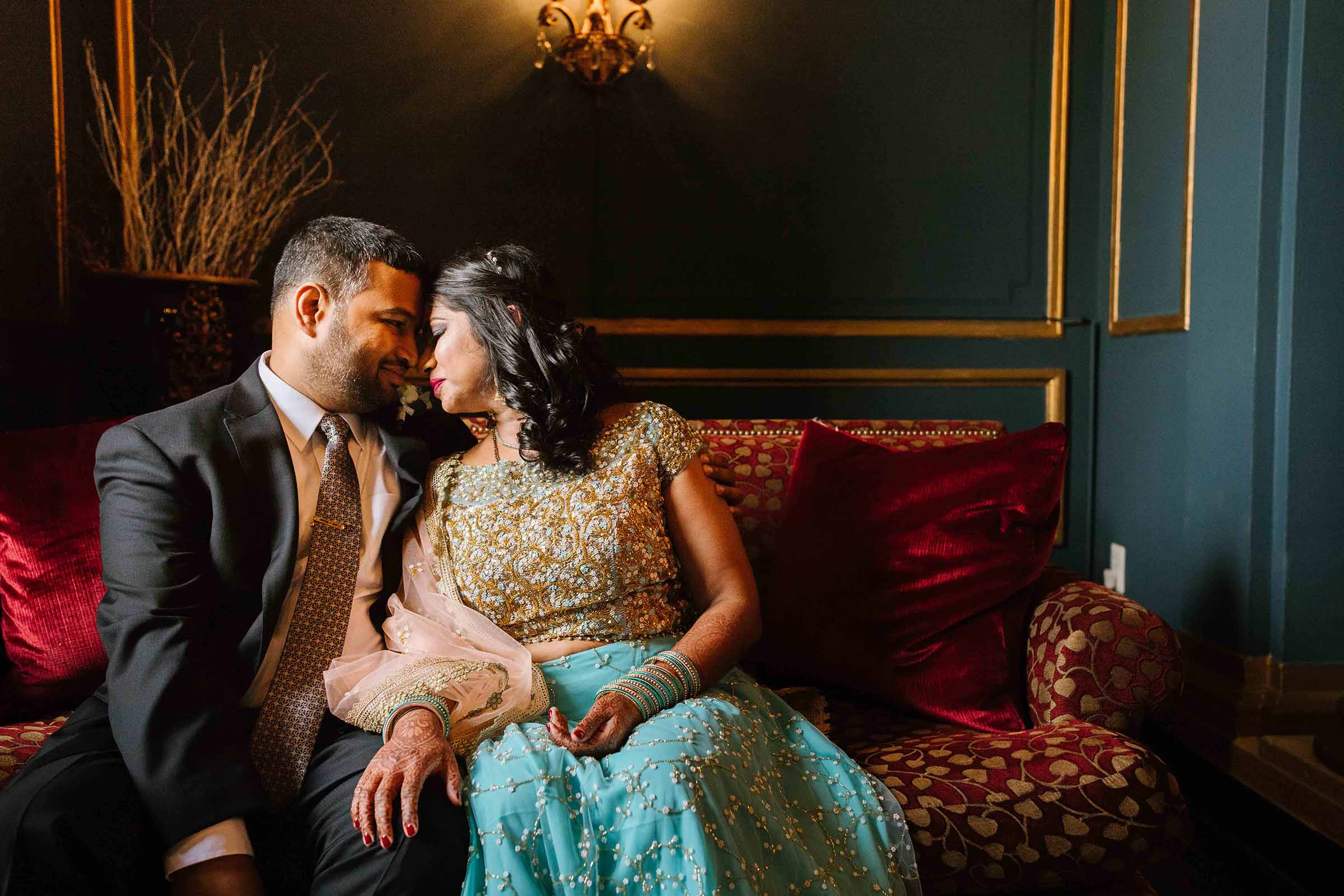 baltimore_wedding_photographer_urban_row_photography_belvedere_hotel_mount_vernon 15.jpg