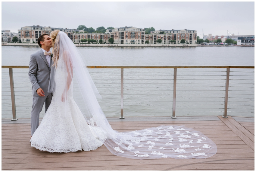 first-look-baltimore-wedding-photographer-urban-row-photo_0027.jpg