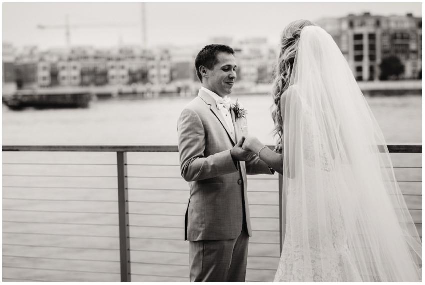 first-look-baltimore-wedding-photographer-urban-row-photo_0029.jpg