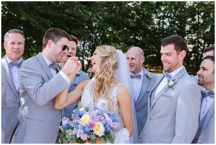 candid-baltimore-wedding-photographer-urban-row-photo_0043.jpg