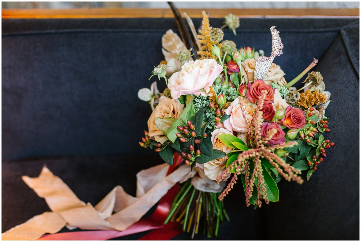 urban-row-photography-petals-and-promises-fall-bouquet_0023.jpg
