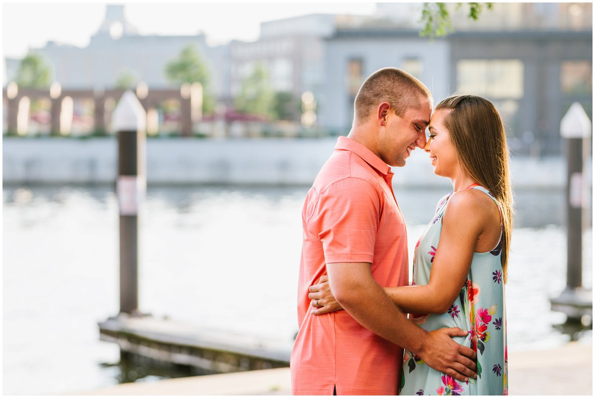 urban-row-photo-sagamore-pendry-fells-point-engagement_0012.jpg
