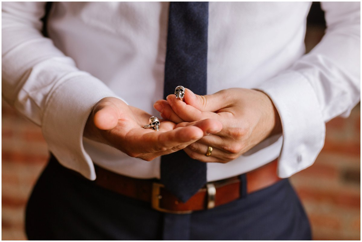 urban-row-photo-groom-skull-cufflinks_0011.jpg
