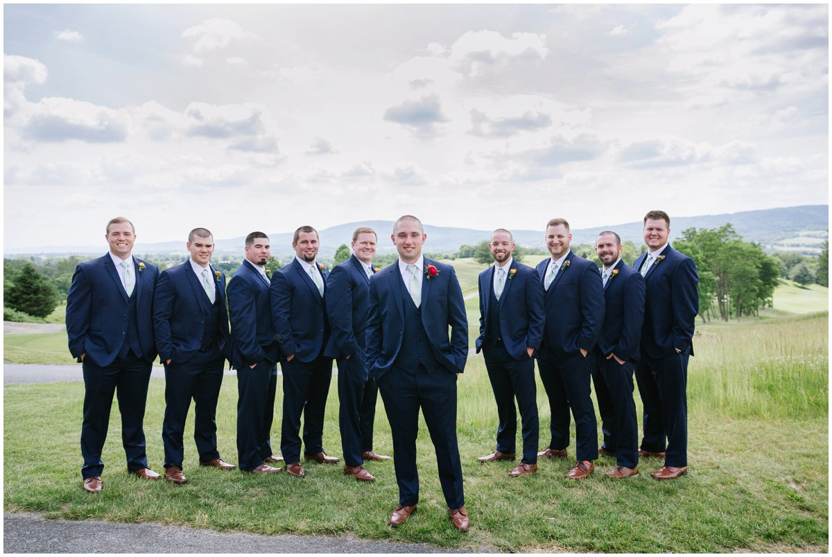 urban-row-photo-catoctin-hall-musket-ridge-groomsmen_0010.jpg