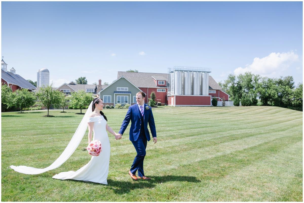 urban-row-photo-wyndridge-farm-summer-wedding_0009.jpg