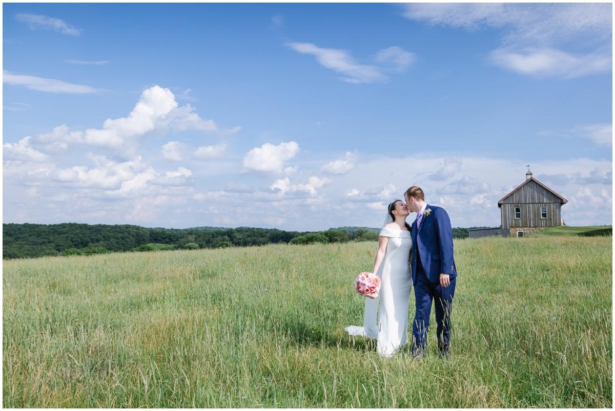 urban-row-photo-wyndridge-farm-wedding_0018.jpg
