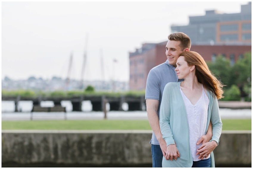 urban-row-photo-baltimore-waterfront-engagement_0017.jpg