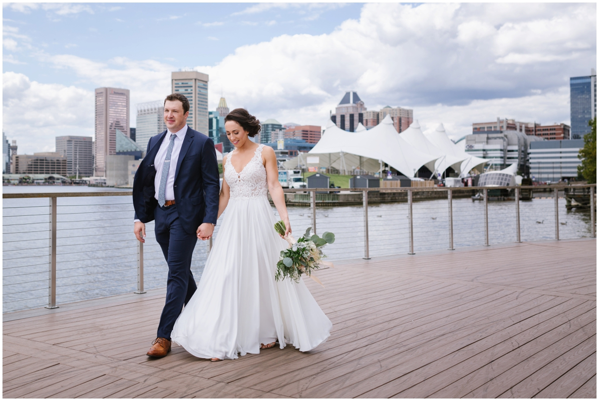 urban-row-photo-baltimore-waterfront-wedding_0014.jpg