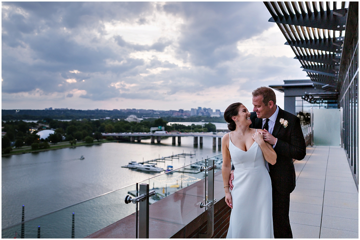 urban-row-photo-sunset-dc-wedding-intercontinental-wharf_0021.jpg