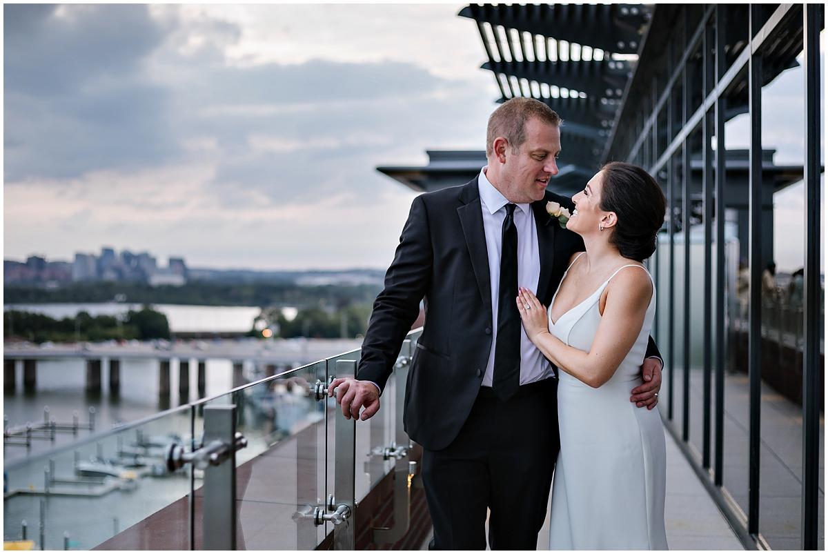 urban-row-photo-rooftop-dc-wedding-intercontinental-wharf_0020.jpg