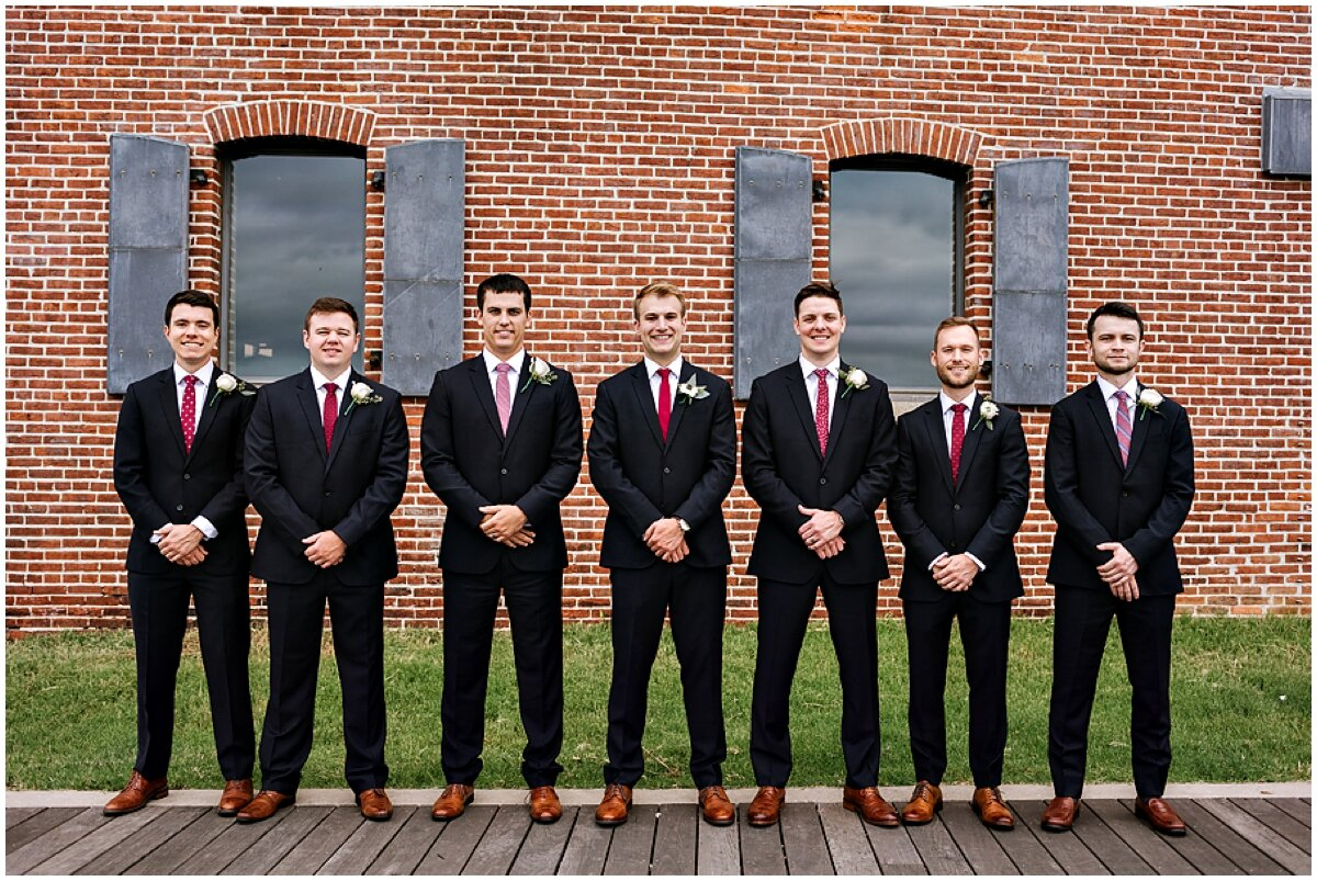 urban-row-photo-groomsmen-navy-suits-red-ties_0038.jpg