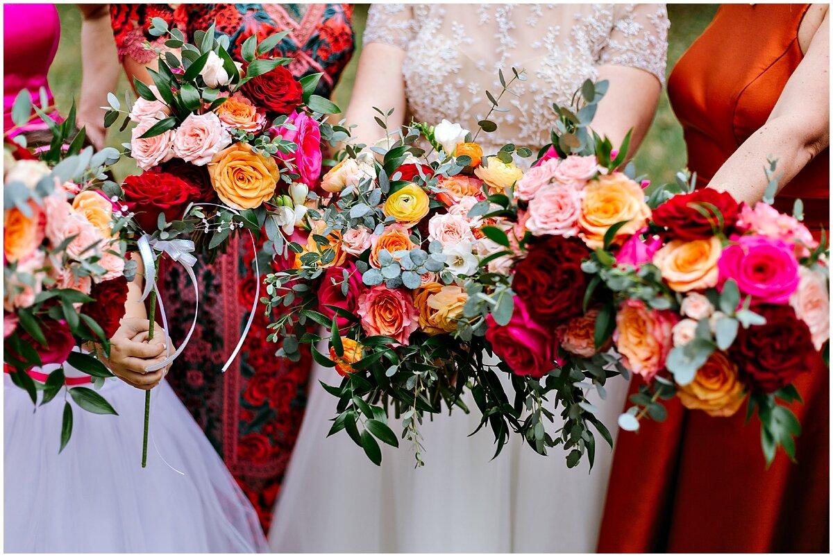 urban-row-photo-red-orange-fall-wedding-bouquet_0026.jpg