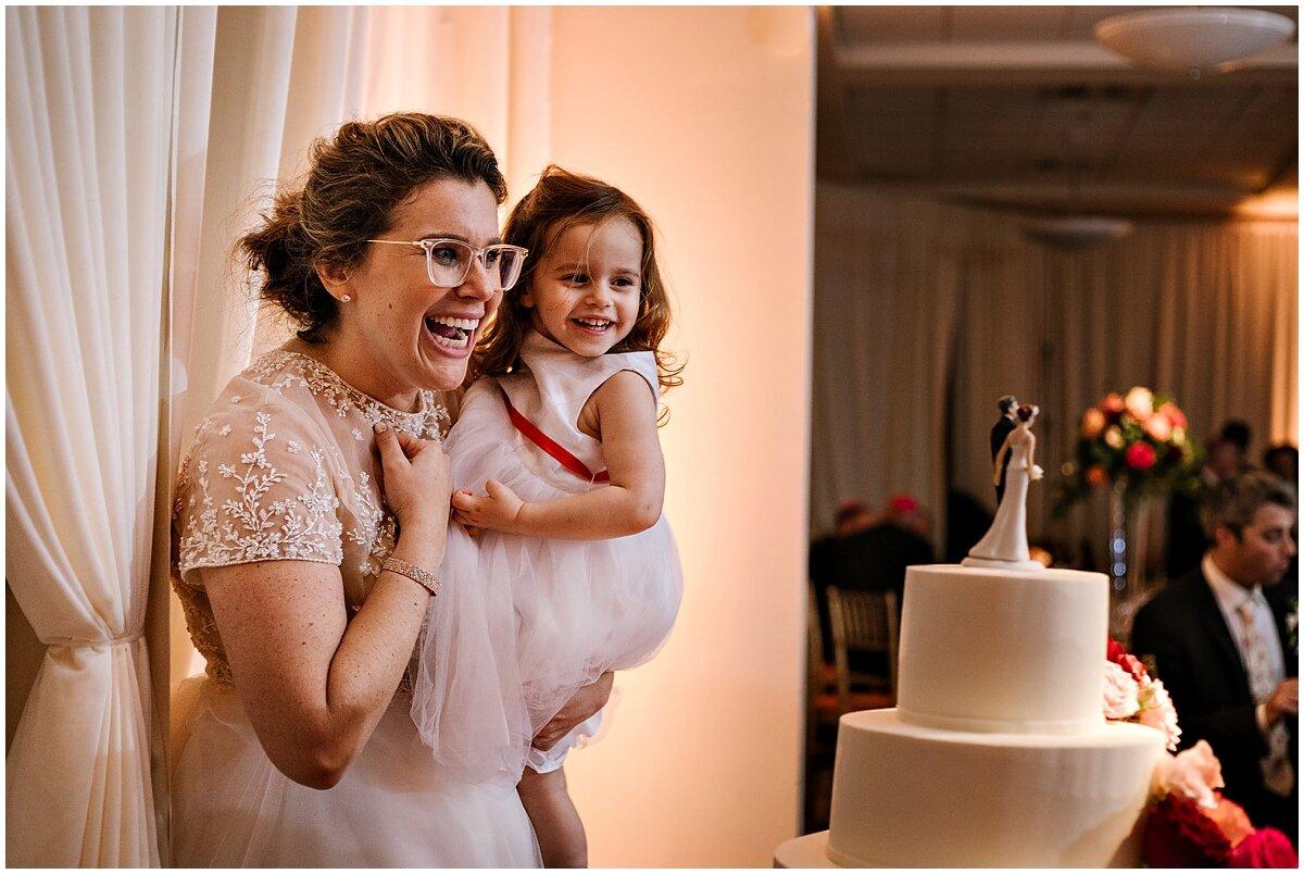 urban-row-photo-classic-cake-topper-bride-grabbing-groom-butt_0048.jpg