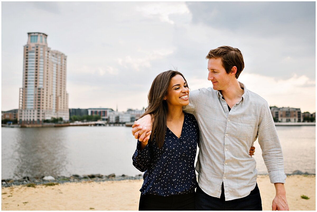 urban-row-photo-baltimore-engagement-photos_0010.jpg